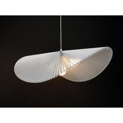 Exkluzív függesztett mennyezeti lámpa, extra hullámvonalú, fehér - ONDES